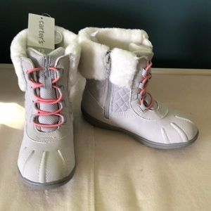 NWT Kids Carters size 12 winter boots